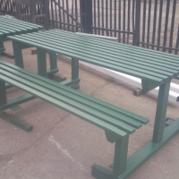 park-benches-finished-in-green-3
