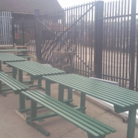 park-benches-finished-in-green-6